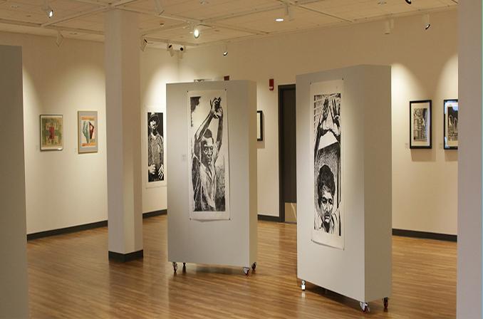 طراحی اپلیکیشن گالری هنری