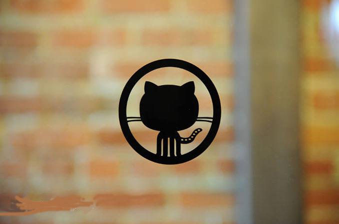 Licensed: یک برنامهٔ اپنسورس از گیتهاب برای خودکارسازی فرآیند کسب لایسنس